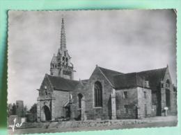 PLOUMILLIAU - Eglise SAINT MILIAU Dont Le Clocher Fut Reconstruit En 1602 - France