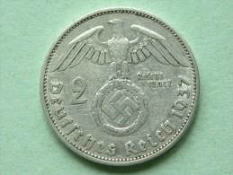 1937 A - 2 Reichsmark Paul Von Hindenburg 1847 - 1934 / KM 93 ( Uncleaned Coin / For Grade, Please See Photo ) !! - [ 4] 1933-1945 : Troisième Reich
