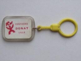 DONAT Confiserie: Porte-Clefs Années 60  Sève De Pin Des Vosges Le Skieur - Porte-Cles - Porte-clefs