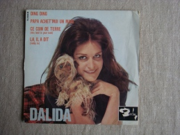 EP Dalida BIEM Ding Ding, Papa Achète Moi Un Mari, Ce Coin De Terre, La Il A Dit. Voir Photos. - 45 Rpm - Maxi-Single