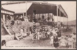 83----TOULON-Sous Le Hall Du Casino Des Sablettes---belle Animation - Toulon