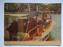 PLAQUETTE - MEXIQUE - ACAPULCO - ANNEE 40 - 52 PAGES - NOMBREUSES PHOTOGRAPHIES COULEURS ET NOIR ET BLANC - Exploration/Voyages