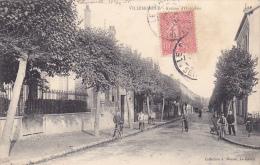 22551 VILLEMOMBLE Avenue Outrebon  Coll Moquet Le Raincy -cycliste  Velo