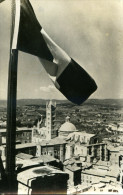 FRANCAIS ..VOICI VOTRE ARMEE DE TUNIS A SIENNE..3 JUILLET 44 LE DRAPEAU FRANCAIS FLOTTE A SIENNE....CPSM GRAND FORMAT - War 1939-45