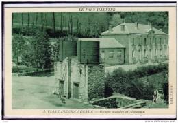 VIANE - PIERRE- SEGADE - GROUPE SCOLAIRE ET MONUMENT CHATEAU D'EAU - Francia