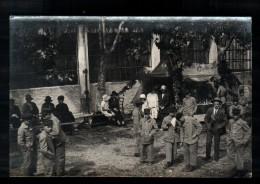 XX *** A LOCALISER *** Carte Photo, Kermesse?, Fête Foarine?, Stand Pavillon Des Clèves, Bien Animée, 191? * A IDENTFIER - A Identifier
