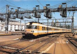 ¤¤  -  10  -  DIJON  -  TURBOTRAIN ETG En Gare En Mai 1999     -  ¤¤ - Dijon