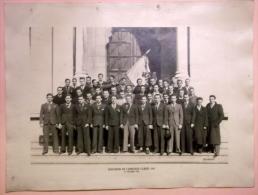 1943 PHOTO Conscrits Classards Ancienne Photographie AMICALE Classe 1943 Porte De L'eglise De NOTRE DAME à AIX Les BAINS - Ancianas (antes De 1900)