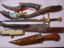 Lot 7 COUTEAU CANIF POIGNARD DAGUE  3 Photos - Knives/Swords