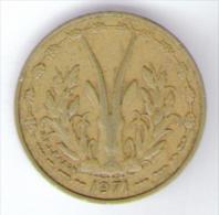 ETATS DE L´AFRIQUE DE L´OVEST 5 FRANCS 1971 - Monete
