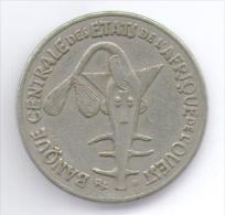 ETATS DE L´AFRIQUE DE L´OVEST 50 FRANCS 1997 - Monete