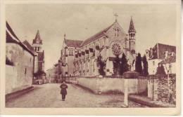 86 LA PUYE - D16 154 -  (animé) La Chapelle Conventuelle - Communauté Des Filles De La Croix - Aulard - - France