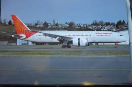 AIR INDIA   B 787 837    N1015B - 1946-....: Era Moderna