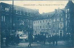 DUSSELDORF - Place Du Marché Et L'Hôtel De Ville - Duesseldorf