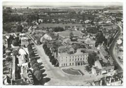 EN AVION AU DESSUS DE .....LE NEUBOURG -PLACE F. MATRE -LA POSTE -Eure (27) -Circulé 1969 - Le Neubourg