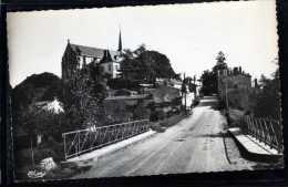 85 LE POIRE SUR VIE CONSTRUIT SUR UN ROCHER DE GRANITCARTE PHOTO DENTELEE - Poiré-sur-Vie
