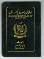 Islamic Republic Of Pakistan 2001 Passport Reisepass Passeport Pasaporte #K389027 - Historical Documents