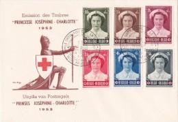 912 917 PC 8 FDC   Croix-Rouge Joséphine Charlotte Princesse 14-3-1953 Exposition Bruxelles €35 - FDC