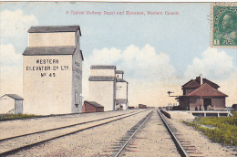 22707 CANADA - Typical Railway Depot And Elevators Western Canada - Canadian West Serie 2/30 Rumsey - Canada