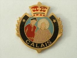 Pin's BLASON  - CALAIS - Città