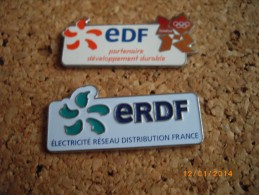 2 Pins Edf Erdf  Logo - Badges