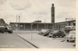 Auto's Op Stationsplein Enschede - Enschede