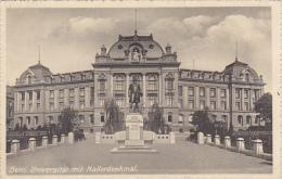 Switzerland Bern Universitaet mit Hallerdenkmal
