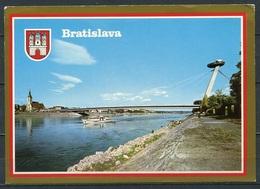 Bratislava (deutsch: Pressburg) / Brücke Des Slowakischen Nationalaufstandes über Der Donau M. Wappen - N. Gel. - Slovakia