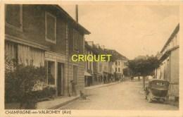 Cpa 01 Champagne En Valromey, Une Rue, Vieux Tacot Au 1er Plan, Bel Affranchissement 1945 - France