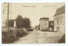 CPA - Peronne - La Place