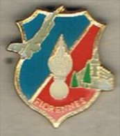 Pin's Gendarmerie - Bde De Florennes (Belgique) - Militaria