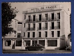 29 AUDIERNE Hôtel De France ; Voiture - Audierne