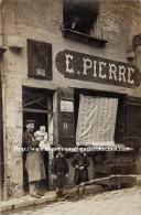 CPA PHOTO E. PIERRE METIER DEVANTURE MARCHAND ET SES ENFANTS 674 - Marchands