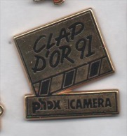 Beau Pin´s En Zamac , Cinéma , Clap D'Or 91 , Photo Phox Video Camera - Photography