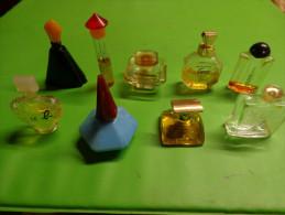 Lot De 9 Flacons Parfum Ou Eau De Toilette- Miniatures-- - Miniaturflesjes (leeg)
