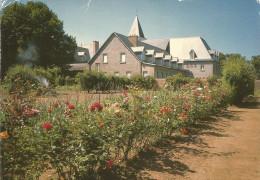 22 SAINT BRIEUC Carmel Du Sacre Coeur Le Monastere Vu Du Jardin - Saint-Brieuc