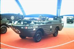DIAPOSITIVA/SLIDE  JEEP WILLYS ANFIBIA  MILITARE U.S.A. - Automobile