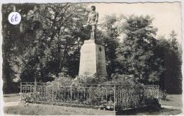 ORGES Le Monument Aux Morts - Andere Gemeenten