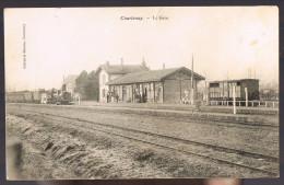 COURTENAY . La Gare . - Courtenay