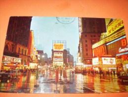 B62 New York Time Square At Night Cm8,5x14 - Cartoline