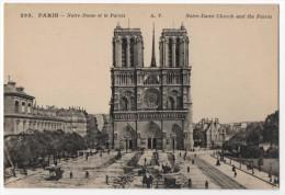 PARIS - Notre Dame Et Le Parvis - Notre Dame De Paris