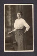 REAL PHOTO CABINET - VRAIS PHOTO POSTCARD - AROUND 1910 -1920  À CÉCILIA BERGER DE ROSE RACINE -  VANDRY PHOTO DE QUÉBEC - Photographie