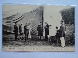 C P A ANIMEE COIN DES HANGARS AU MEETING DE BOURG EN 1912 - Autres
