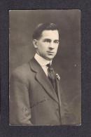 REAL PHOTO CABINET - VRAIS PHOTO POSTCARD - AROUND 1910 -1920 - ALPHONSE FORTIN AMI - BERNADETTE BERGER - Photographie