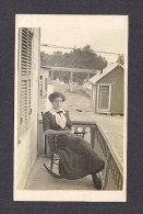 REAL PHOTO CABINET - VRAIS PHOTO POSTCARD - AROUND 1910 -1920 - SOUVENIR VOTRE PAULA NEWMANN - Photographie