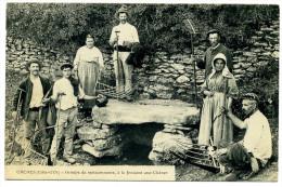 ORCHES (Cote D´Or) Groupe De Moissonneurs à La Fontaine Aux Chênes - Altri Comuni
