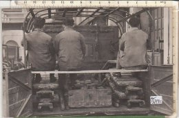PO3779C# FOTOGRAFIA MILITARE II^ G.M. -TRAINO MECCANICO - TRATTORE BREDA - SISTEMAZIONE CINGOLI, PANCONI E FUCILI 1937 - Guerre, Militaire