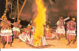 FIDJI - MEKE AT DUSK - Figi