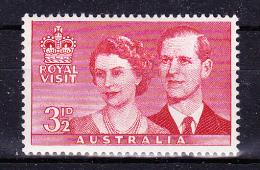 AUSTRALIA 1954,  Royal Visit  , Y&T  #  207   ,  3 1/2 D       Cv   0.30  E ,   * MLH , V V F - 1952-65 Elizabeth II : Pre-Decimals