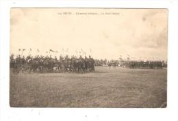 CPA :Militaria : 51 - Reims : Carousel Militaire - Le Petit Moulin : Cavaliers En Manoeuvre Dans Un Champ - Manoeuvres